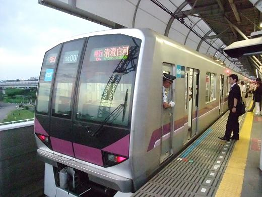 地下鉄リニア 東急田園都市線 042.jpg